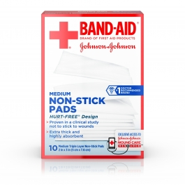 Band-Aid Triple Layer Non-Stick Pads Medium 10ct